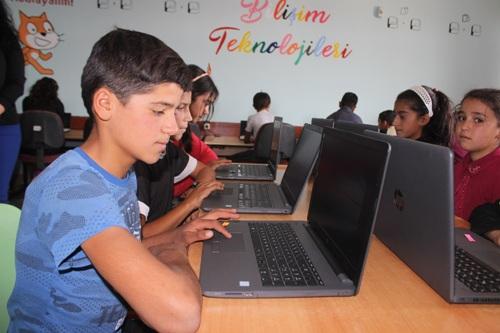 Çevirme Köyünde bilişim sınıfı kuruldu