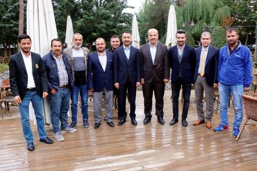 Başkan Yılmaz gazeteciler ile kahvaltıda buluştu