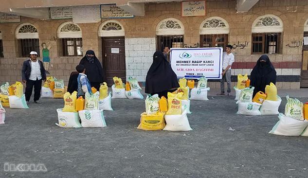 Siverekli öğrencilerden Yemen'e destek