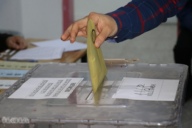 Seçimlerin kazananı ve kaybedeni kim ?
