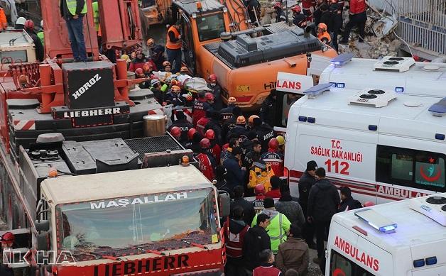 Elazığ'daki depremde ölü sayısı 40'a yükseldi