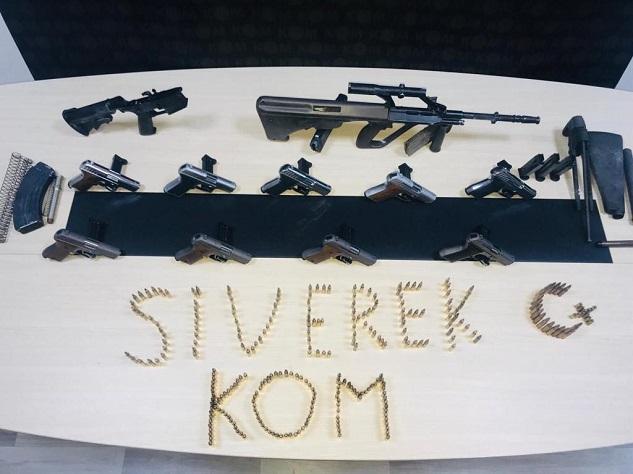 Siverek'te çok sayıda silah ve mühimmat ele geçirildi