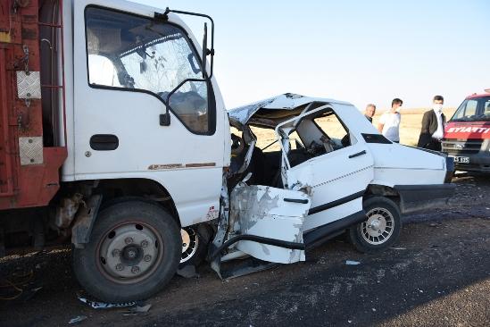 Siverek- Karacadağ yolunda kaza : 3 ölü, bir yaralı