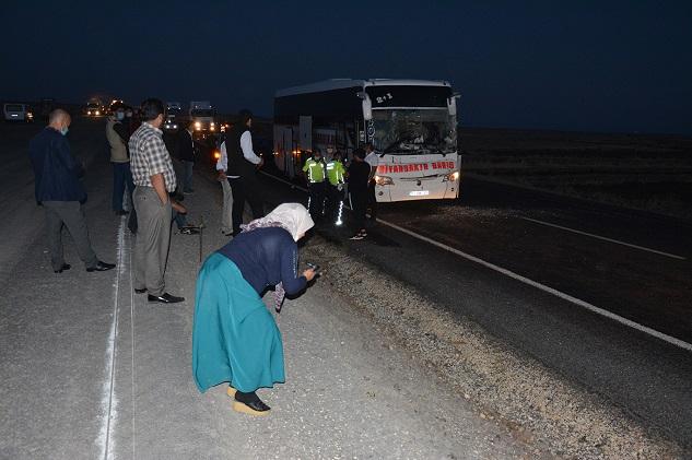 Siverek'te yolcu otobüsü TIR ile çarpıştı