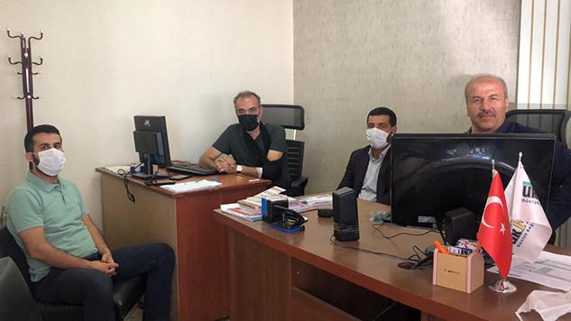 HÜDA PAR kentteki gazetecileri ziyaret etti