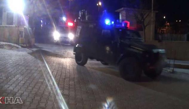 Şanlıurfa'da DAİŞ'e yönelik operasyon: 5 gözaltı