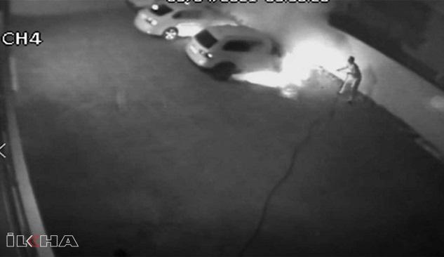 Siverek'te park halindeki otomobil kundaklandı