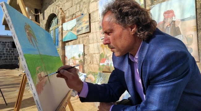 Çoban ressam destek bekliyor