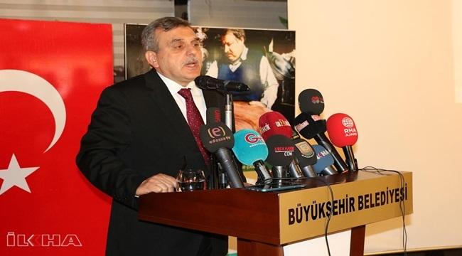 Şanlıurfa Büyükşehir Belediye Başkanı Beyazgül maaşını Filistin için bağışladı