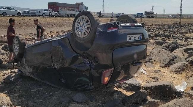 Diyarbakır- Siverek kara yolunda kaza: 3 yaralı