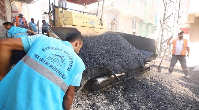 Eyyübiye Belediyesinin asfalt çalışması sürüyor