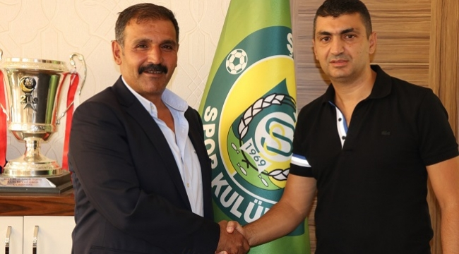 Şanlıurfaspor yeni teknik direktörü ile anlaştı