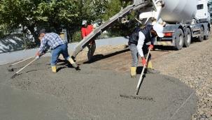 Siverek'te yeni yerleşim alanlarında yol çalışmaları sürüyor