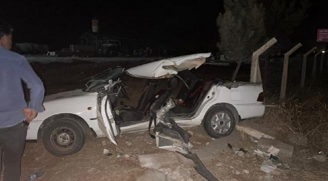 Şanlıurfa'da otomobil ile kepçe kafa kafaya çarpıştı: 2 ölü 6 yaralı